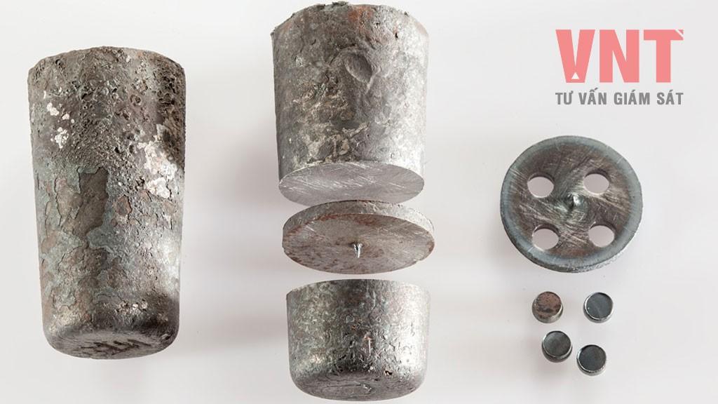 TCVN 1811:2009 - Thép và gang - Lấy mẫu và chuẩn bị mẫu thử để xác định thành phần hóa học